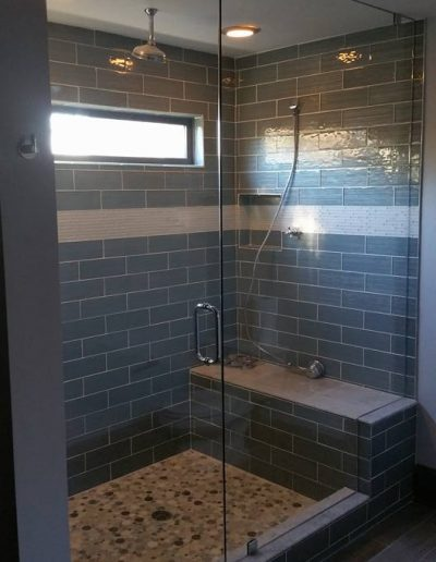 Inline Frameless Shower Enclosures - Project 01