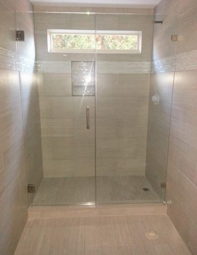 Inline Frameless shower Enclosures - Project 03