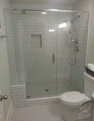 Inline Frameless shower Enclosures - Project 04