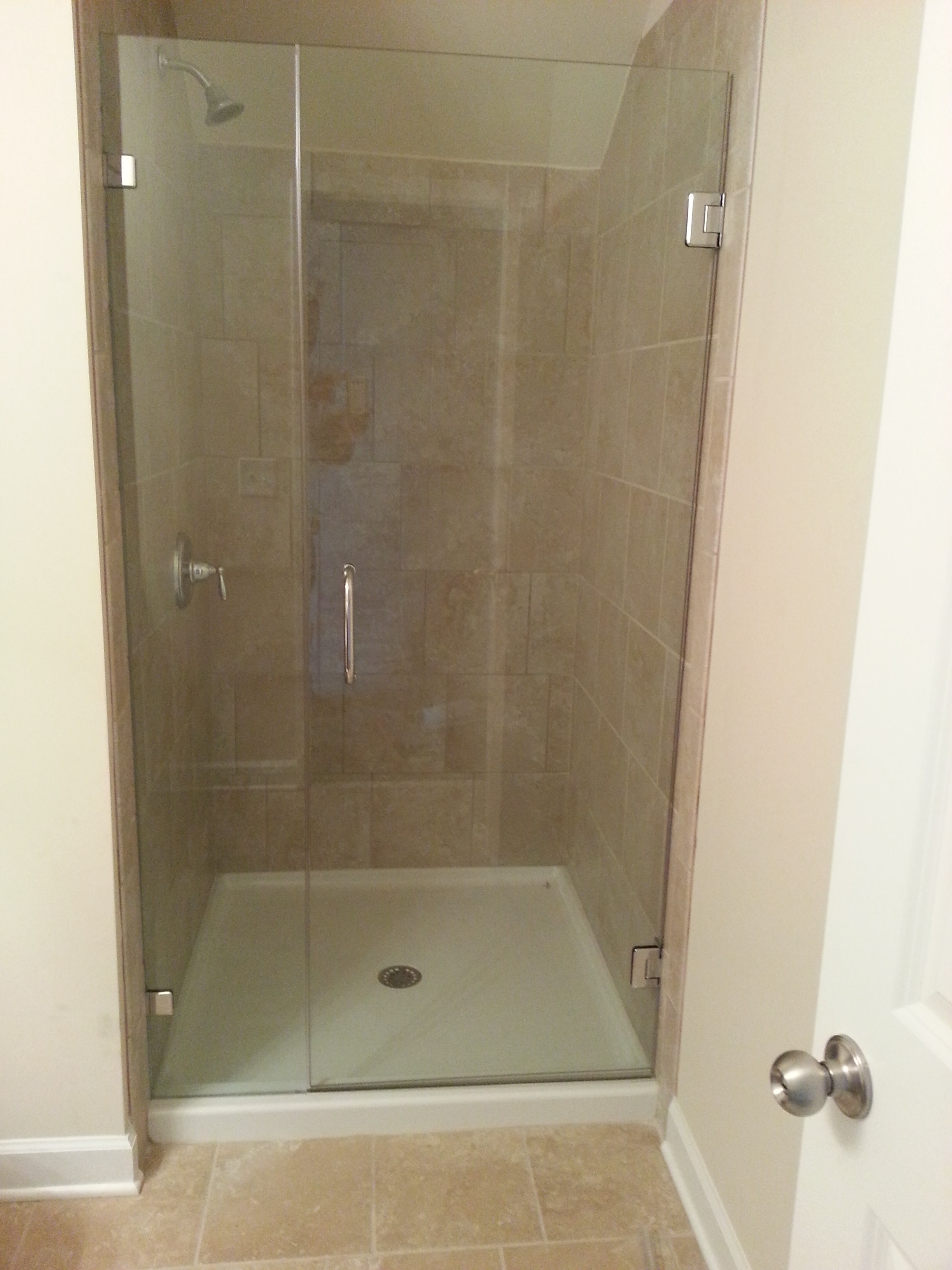 inline frameless shower enclosures project 07